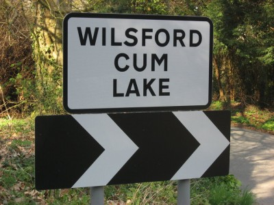 Road sign for Wilsford cum Lake